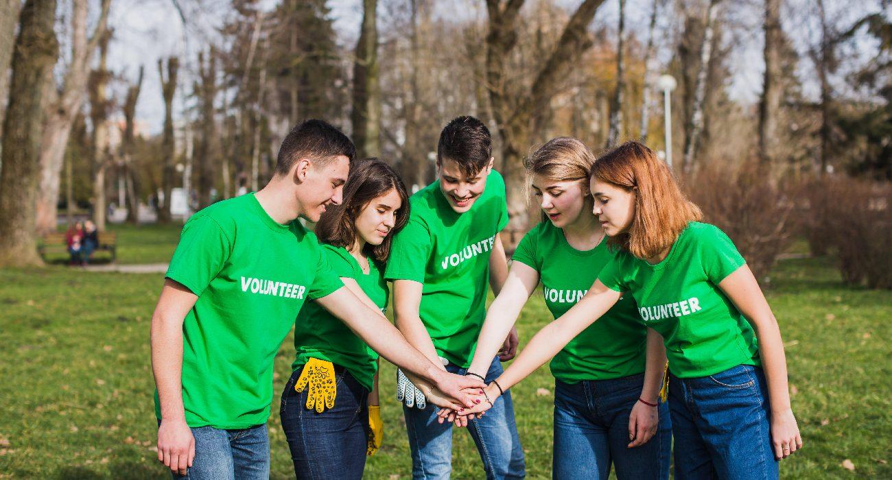Img_volunteer-1-01